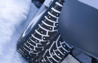 Pneumatici da neve o catene