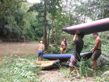Bringing the canoes to the river