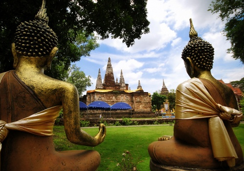 The Kathin ceremony at Wat Chet Yod this year could raise 603,087 baht from faithful Buddhists.
