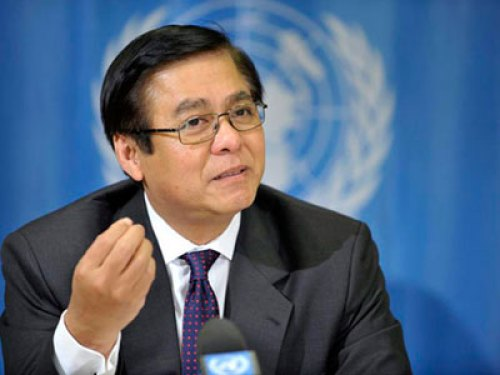 Permanent-Secretary for Foreign Affairs Sihasak Phuangketkaew - See more at: http://thainews.prd.go.th/centerweb/newsen/NewsDetail?NT01_NewsID=WNPOL5707070010008#sthash.BlCpE4lW.dpuf
