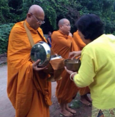 Former anti-government protest leader Suthep Thaugsuban surprised many by appearing as a monk in Surat Thani