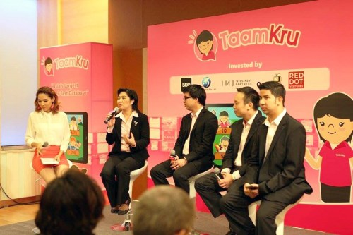 Taamkru executives (in black) at an event announcing their plans. Read more: Taamkru plans to fix Thailand's 'disgracefully bad' education system, raises seed money http://www.techinasia.com/taamkru-plans-fix-thailands-disgracefully-bad-education-system-raises-seed-money/