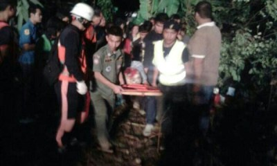 Korean Tour Bus in Chiang Rai Crashes into Pickup, Driver Dead, 16 Injured