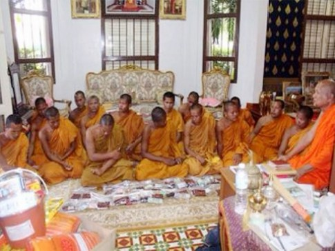 Cambodian monks are examined by Phuket's head monk, Phra Khru Meita. - See more at: http://www.thephuketnews.com/19-cambodian-monks-arrested-defrocked-in-phuket-49949.php#sthash.CvdhAcVr.dpuf