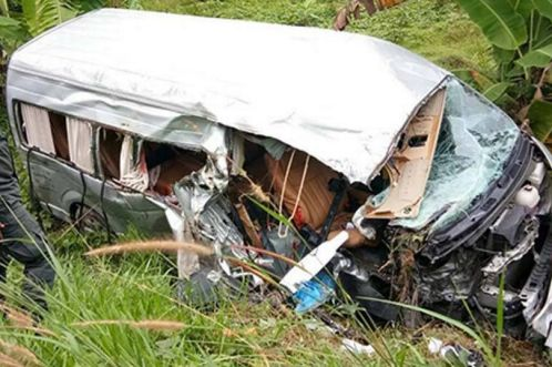 44 Year-Old British Woman Killed in Krabi When Passenger Van Crashes Head on Into a Songtaew