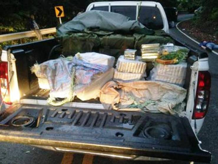 Police Kill 2 Drug Smugglers after Gunfight in Wiang Pa Pao District of Chiang Rai
