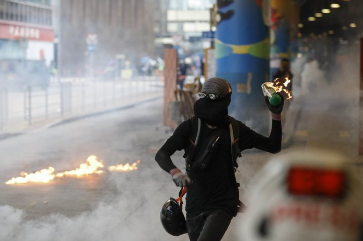 Violent Protests Continue in Hong Kong as China's National Day Nears