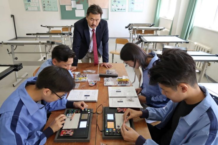 The Education Ministry plans to improve vocational and technical courses to improve the quality of graduates.