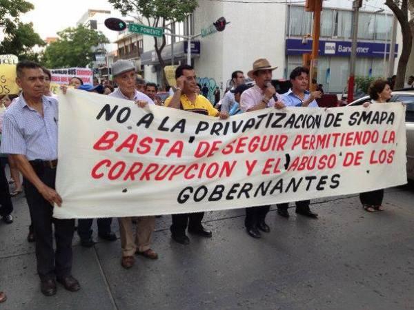 Se han realizado diferentes marchas en contra de la privatización de Smapa. Foto. Isaín Mandujano/ Chiapas PARALELO.