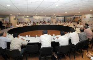 Mexiquenses, veracruzanos, poblanos y de otros estados los hombres tras el poder en Chiapas. Foto: ICOSO/Chiapas PARALELO
