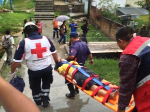 Una personas resultó lesionada a consecuencia del derrumbe en Comitán. Foto: Fredy Martín Pérez/Chiapas PARALELO