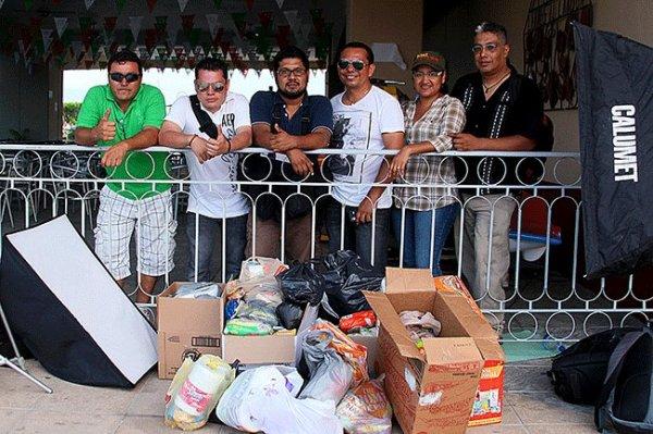 Fotógrafos de Chiapas donaron su trabajo para recabar víveres a favor de damnificados. Foto: Cortesía Chiapas PARALELO