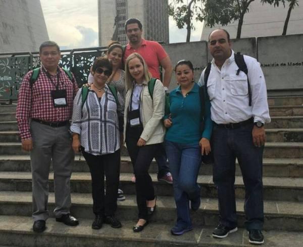 En su viaje por Medellín, actuales funcionarios tuxtlecos y el presidente de la COPARMEX, Enoch Gutiérrez. Foto: Cortesía alcaldía de Medellín