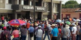 Damnificados del terremoto en Chiapas amagan con no salir a votar el domingo 1 de julio