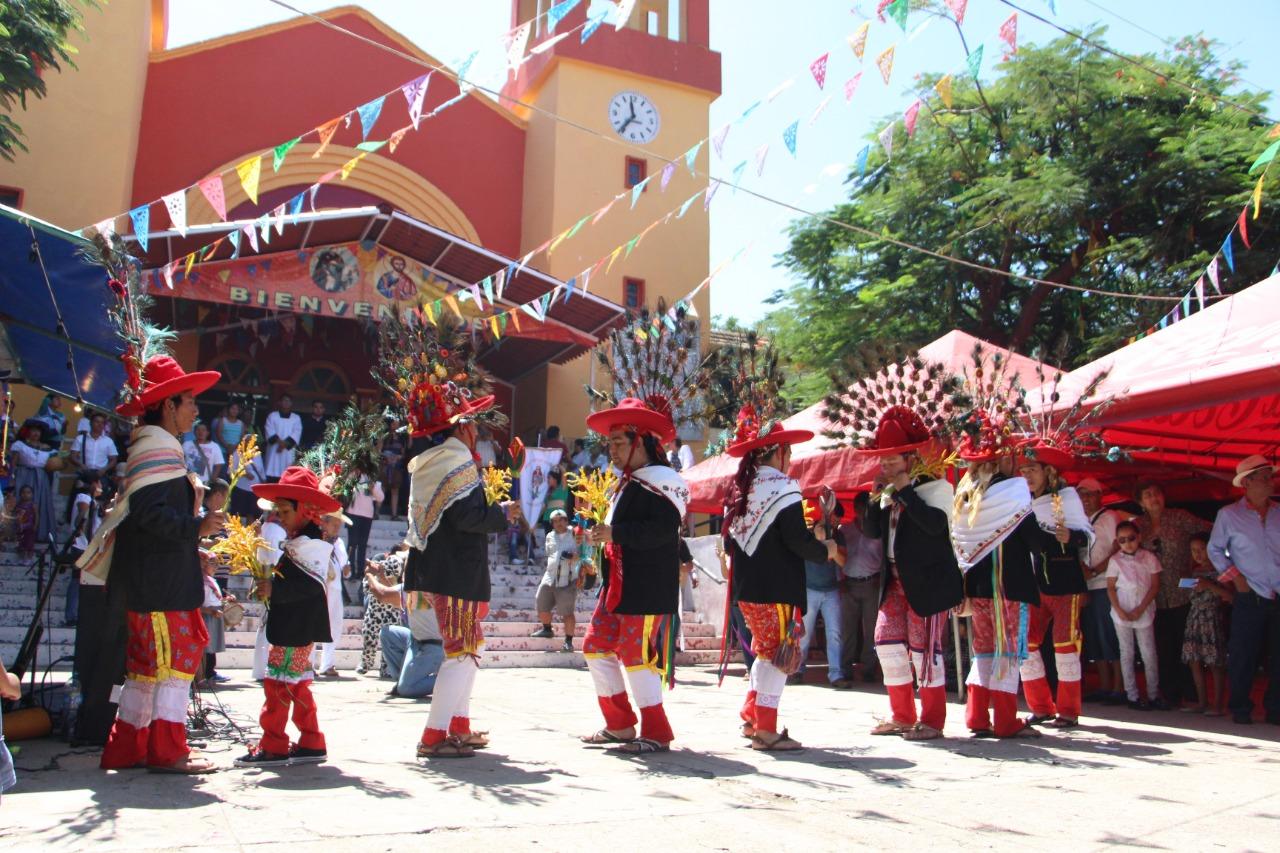 Celebran a San Roque con danza y música zoque