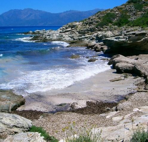 Mini-plage près de la plage