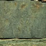 De vieilles pierres taillées dans le village