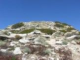Vestiges de constructions au sommet du Sphinx