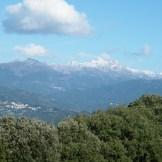 Zigliara et Quasquara sous les montagnes enneigées