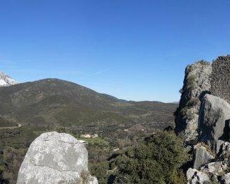 Château de Supietra et vue vers Francardu