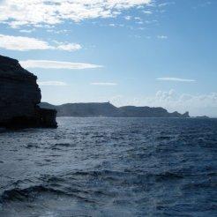 Au loin, le Capu Pertusatu