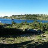 Panorama sur un lac