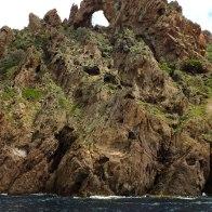 Une arche en pierre à Scandola