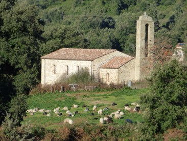 L'ancienne église du village