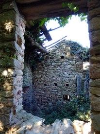 Une maison en ruines