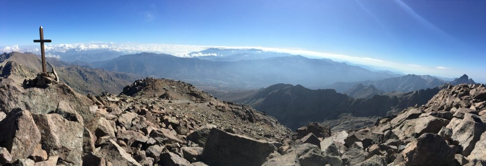 Panorama au sommet du Cintu
