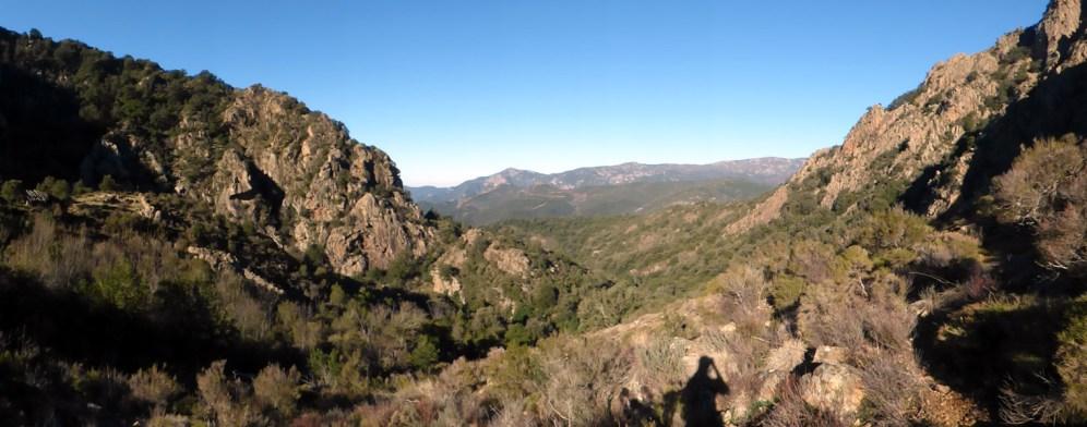 Panorama sur le bas de la vallée, d'où l'on vient