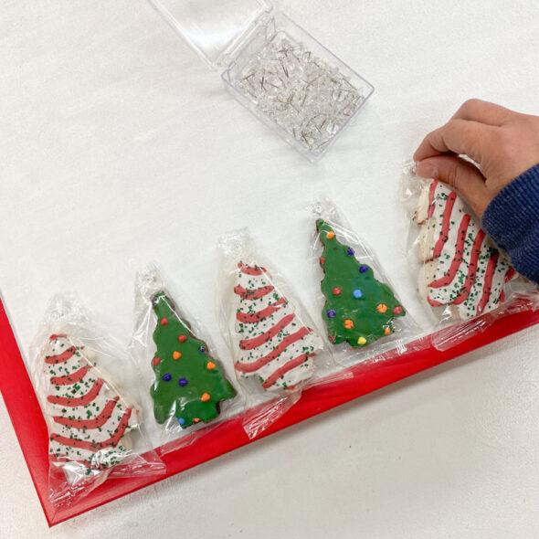 little debbie christmas tree cake advent calendar 07