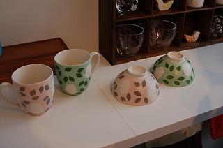 春らしいカップとご飯茶碗♪