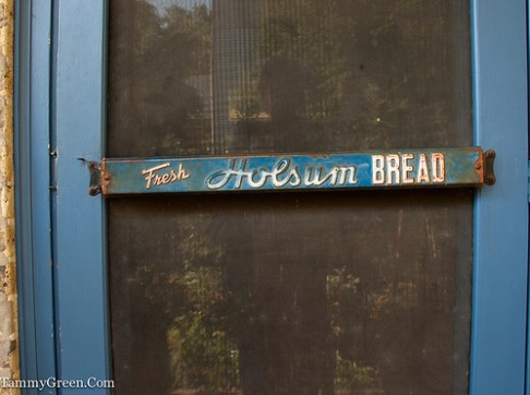 Rick Bayless | Fresh Holsum Bread