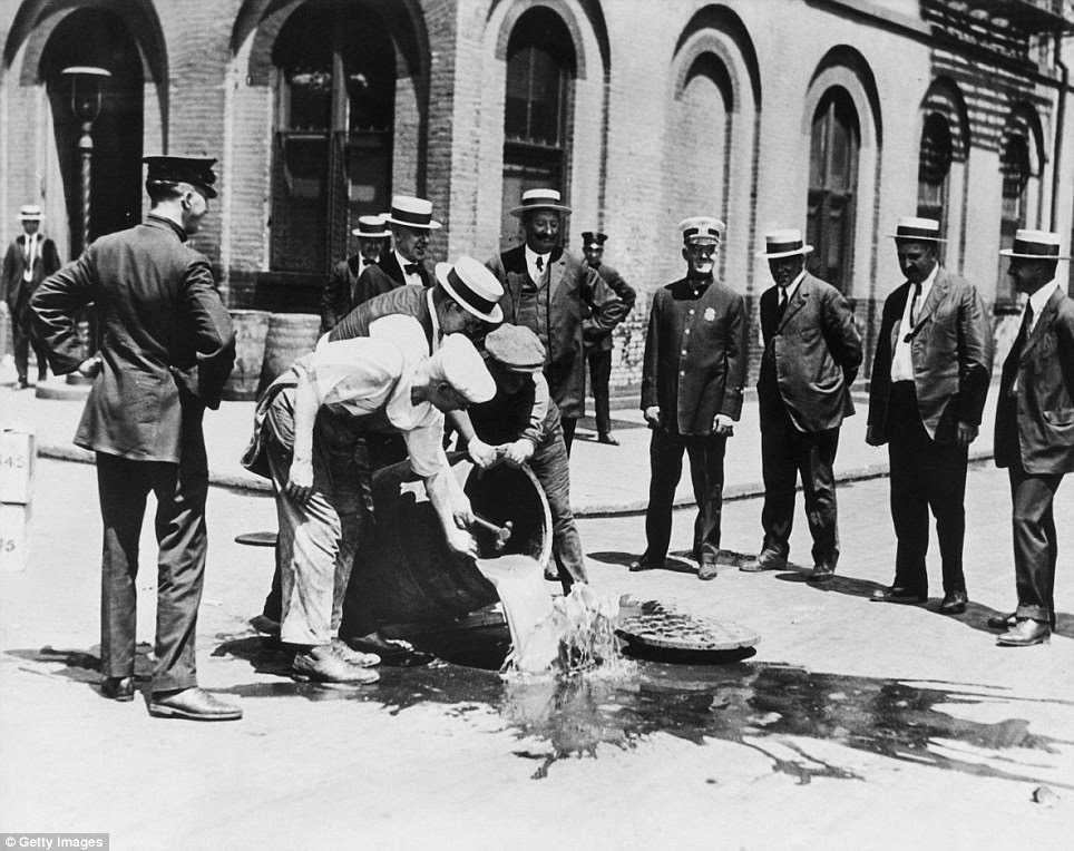 celebrations-as-prohibition-finally-ended-80-years-ago-12