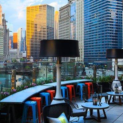 أفضل الحانات على أسطح شيكاغو المكشوفة