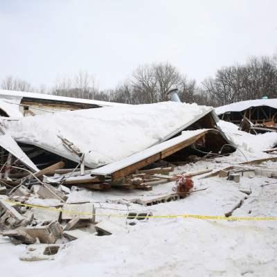 المزيد من مباني شيكاغو تنهار تحت وطأة فائض الثلوج الموسمية