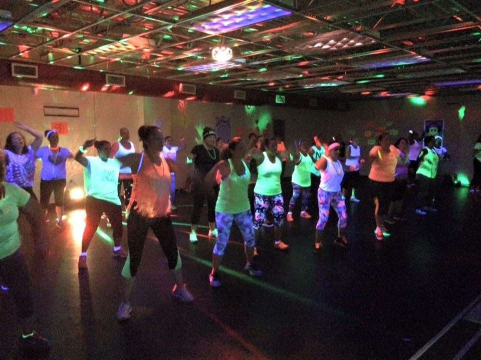 Chicago Sports & Fitness Club - Gym in Joliet - Zumba Glow Party