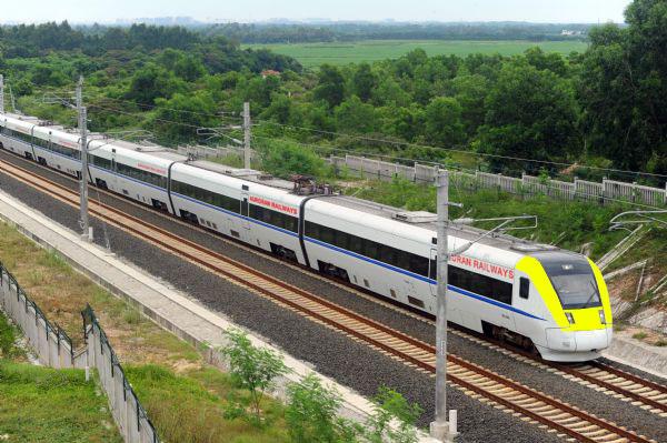 standard gauge train