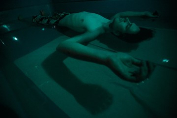 sensory deprivation tanks