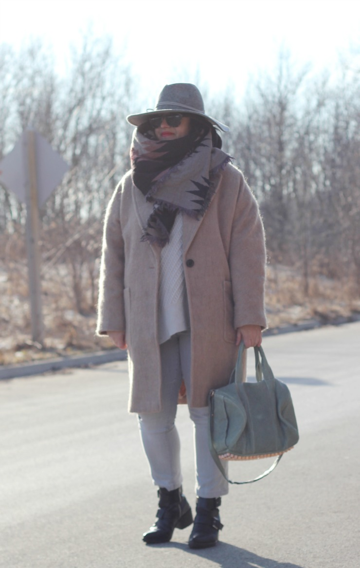soft neutrals outfit