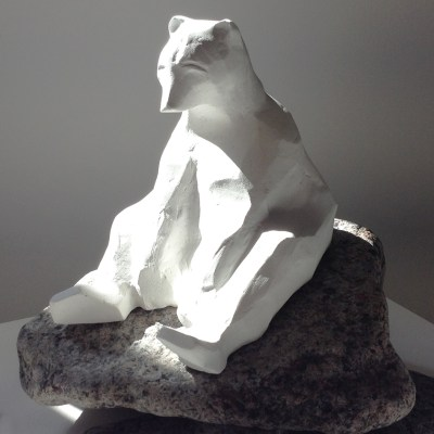 Nanuk - Cast marble with crystal - Approx. H = 15cm X D= 20cm X W = 12cm - by Heather Gray-Newton