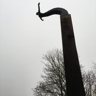 Arc of a Diver - Oak and Resin - 3.56 meters - by Vincent Gray