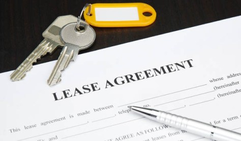 Lease Agreement with Keys and Pen