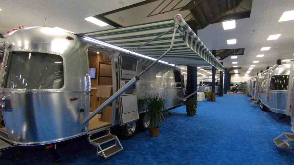 See the 2018 Airstream models at the Florida RV SuperShow