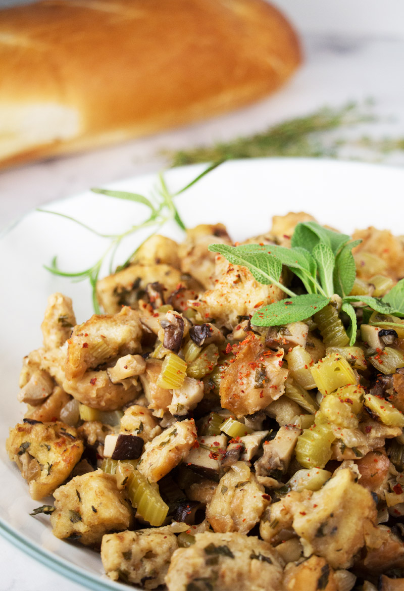 Vegan Thanksgiving stuffing {video}