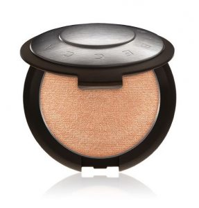 Becca highlighter Chic on the Run