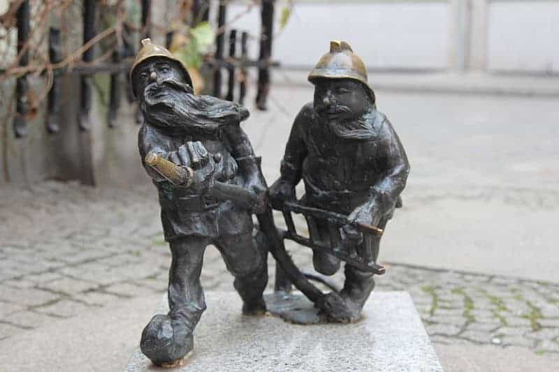 Wroclaw's Dwarfs   the Result of a Pacifist Protest