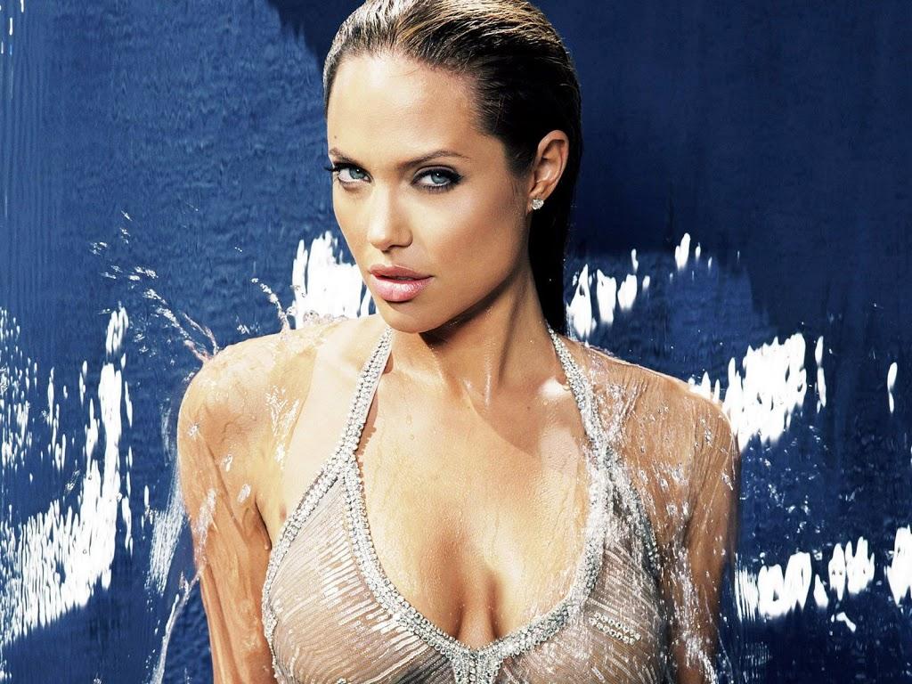 My medical choice - Angelina Jolie's mastectomy story