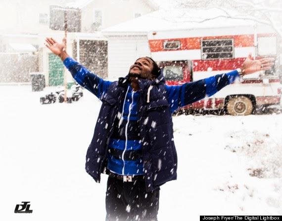 Abiola Ogungbenle, Nigerian man, reacts to first snowfall
